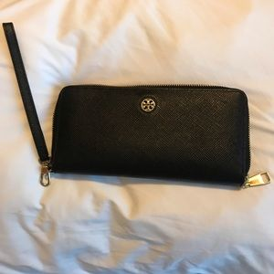 Tory Burch Black ZIP-around wallet